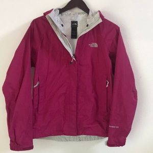 The North Face Resolve Rain Jacket Small
